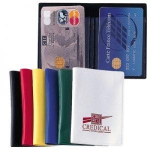 Un porte-cartes pour y mettre les cartes d'hôpitaux
