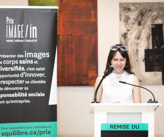 Simone Sarault lors de la remise du Prix Image/In
